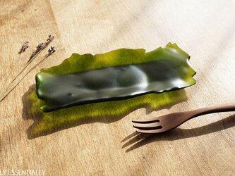 透明ガラスのトレイ - 「みどりのガラス」● 18×8 (cm)・緑・つや消しの画像