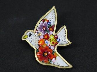 ブローチ ミクロモザイク「白い鳥」の画像
