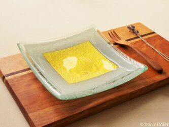 ガラスの角皿 -「 金色のガラス 」● 17cm角・金色の画像