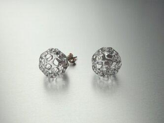 Dentelle balls stud Earringの画像