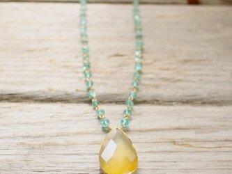 Neon Blue Apatite Long Necklace w/ Yellow Chalcedony pendantの画像