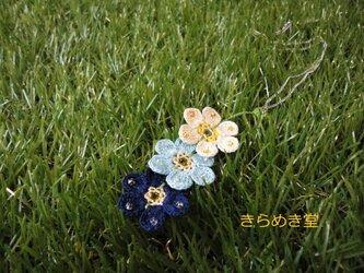 冬色 レース編みの3輪お花ネックレス 凛♬の画像
