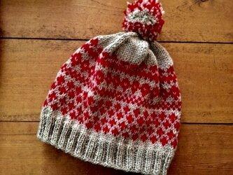 フェアアイル帽子(グレー赤)の画像
