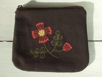 花刺繍のミニポーチ 茶の画像