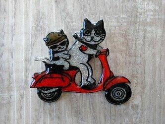 【SALE】猫のピカピカブローチ【バイク】の画像