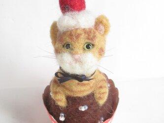 羊毛フェルト カップケーキ DE ねこチャトラちゃんの画像