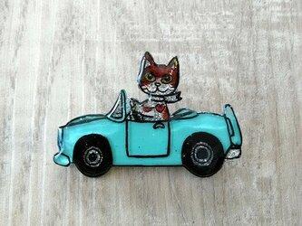 【SALE】猫のピカピカブローチ【車】の画像