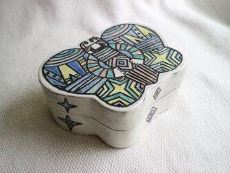 陶のはこ《ちょう・カラフル》の画像