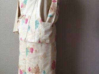 綸子の作務衣 上衣   合せの長着のリメイク作品の画像