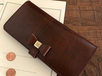 *革の宝石ルガトーのリボン付き2つ折り長財布 ロングウォレット フラップ付きの画像