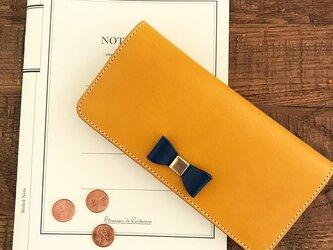 *イタリアンレザーブッテーロのリボン付き2つ折り長財布 ロングウォレットの画像