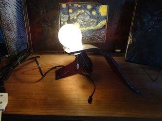 鉄の灯り 照明の画像