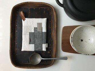 なべつかみ -ある日のテーブル-の画像