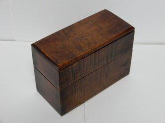 メープルの細長の弁当箱の画像