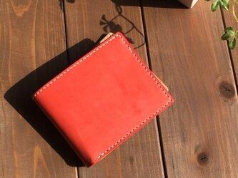 ピュアレットと二つ折りの財布の画像