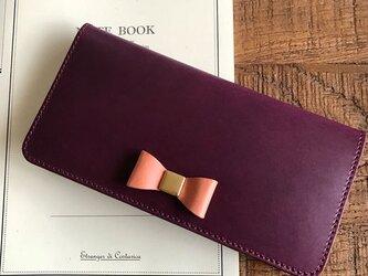 *イタリアンレザーブッテーロのリボン付き2つ折り長財布 ロングウォレット パープルの画像