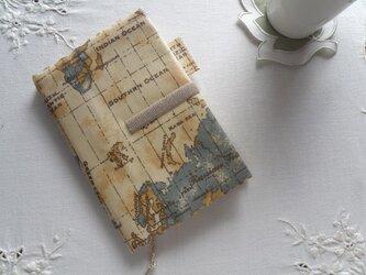 文庫本カバー 世界地図の画像