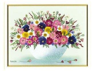 送料&名入れ無料!花かご(八ツ切)ホワイト額付きの画像