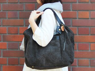 tanton-クロ(タンニン染め帆布×杤木レザーバッグ)の画像