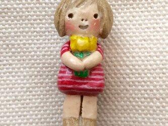 ブローチ【黄色のチューリップ】の画像