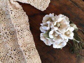 布花コサージュ 野ばらの花束の画像