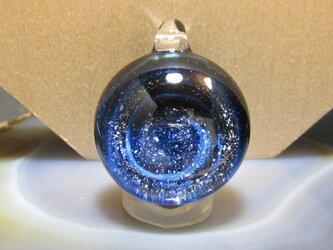 銀箔を使ったガラスアクセサリ・空間2の画像