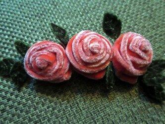 3 Roses 冬のアクセサリーの画像