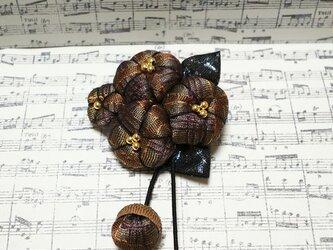 大人っぽい*花のどんぐり帽子の花のブローチの画像