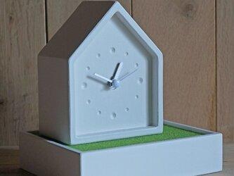 house+ clockの画像