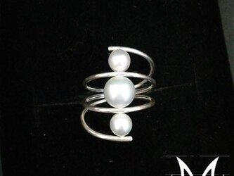 Swirl Thrice:5mmと7mmシルバー真珠銀925指輪(御影宝飾工房:オーダーメード)の画像