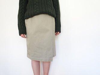 アシンメトリーチノラップスカート<ベージュ>の画像