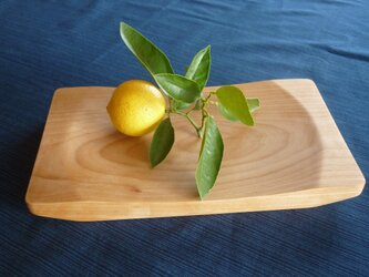 木のパン皿 アルダー材の画像