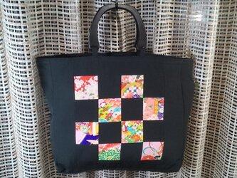 ♪着物生地のトートバッグ黒、柄物67の画像