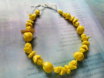 *♥*Vintage Czechoslovakian Lemon Yellow Flower Beads*♥*の画像