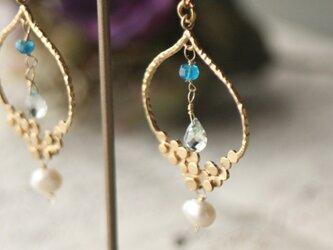 【天然石】バブルモチーフ淡水パールピアス アクアマリンの画像