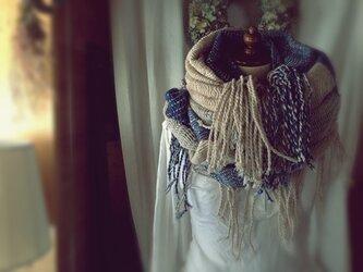 手織り リトアニアウール大判ショールの画像