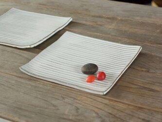 白い陶板のお皿(スクエア/小)の画像