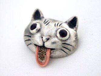 ベーがザラザラな猫ブローチの画像