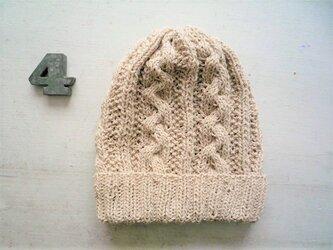 コットン帽子・なわ編み×かのこ編み[オフホワイト]の画像