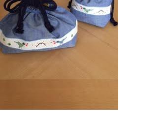 お弁当袋・コップ入れセット★クロスステッチ刺繍*恐竜の画像