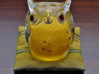 ふくろう(遠州織物の座布団付き)黄色の画像