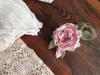 布花コサージュ アンティークピンクのミニ薔薇の画像