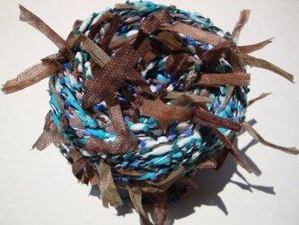 茶ヒラヒラ&ブルーポコポコ糸の画像