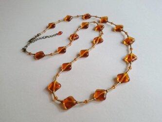オレンジのスクエアチェコガラス ネックレス(再販)の画像