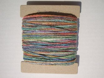 虹色グラデーションシルク糸の画像