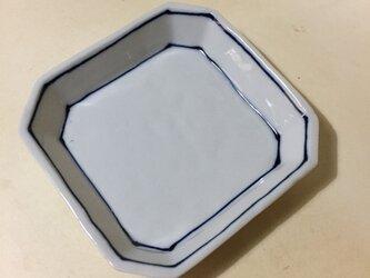 Z223 磁器染付角小皿の画像