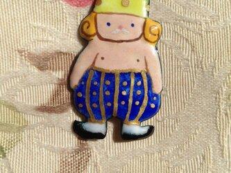七宝童話ブローチ はだかの王様の画像