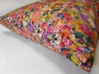 リボン付きかわいい花柄枕カバーの画像