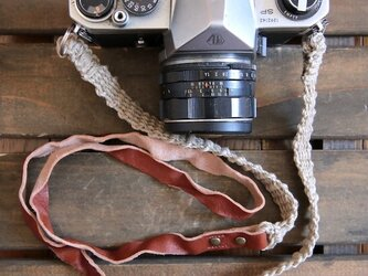 <3色から選べる>レザーと麻のコンビカメラストラップの画像