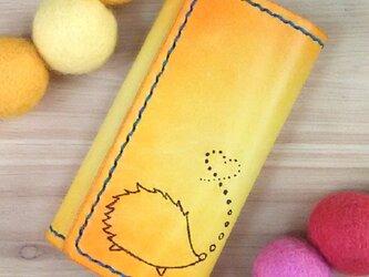 【名入れ無料】オトナ☆かわいい キーケース 4連 本革 イエロー オレンジ  グラデーション はりねずみの画像